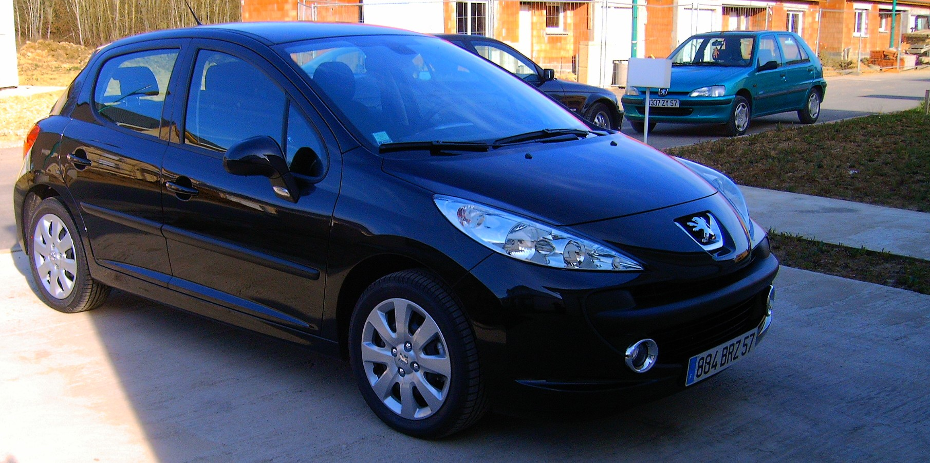 voiture occasion peugeot 207 de 2007 1 500 km. Black Bedroom Furniture Sets. Home Design Ideas