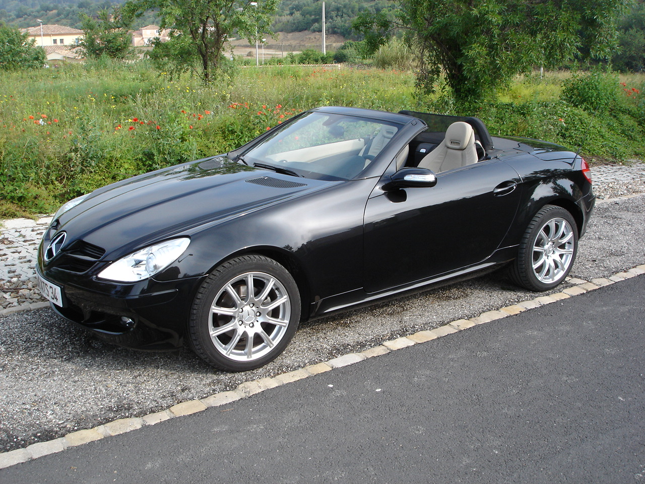 voiture occasion mercedes classe slk de 2005 25 000 km. Black Bedroom Furniture Sets. Home Design Ideas