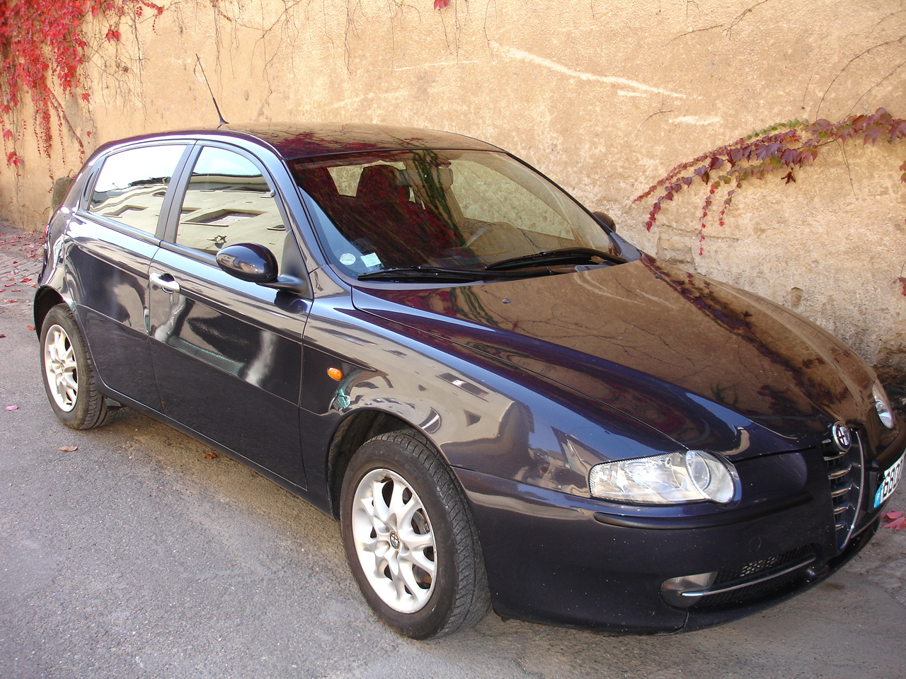 voiture occasion alfa romeo 147 de 2001 180 000 km. Black Bedroom Furniture Sets. Home Design Ideas