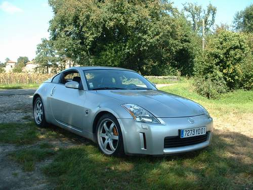 voiture occasion nissan 350 z de 2003 49 800 km. Black Bedroom Furniture Sets. Home Design Ideas