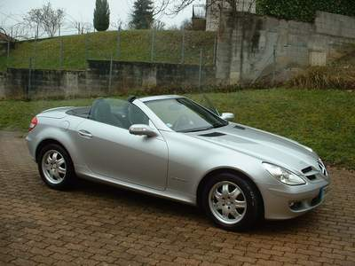 voiture occasion mercedes classe slk de 2004 42 000 km. Black Bedroom Furniture Sets. Home Design Ideas
