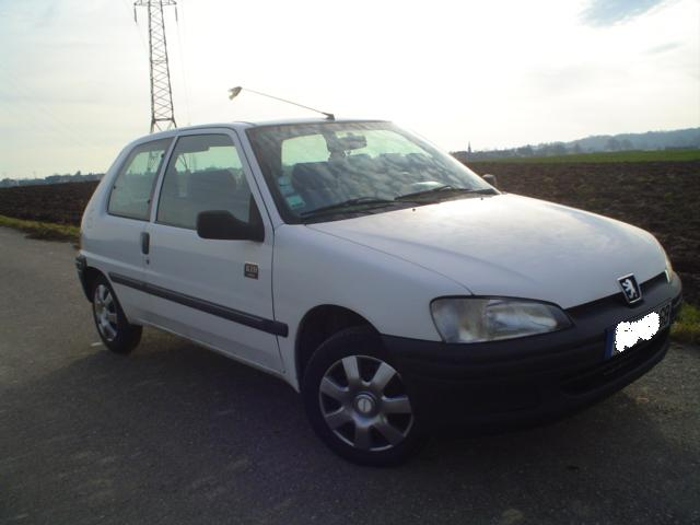 voiture occasion peugeot 106 de 1997 130 000 km. Black Bedroom Furniture Sets. Home Design Ideas
