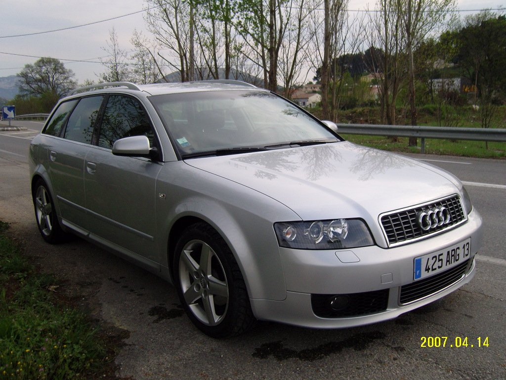 voiture occasion audi a4 de 2004 69 500 km. Black Bedroom Furniture Sets. Home Design Ideas
