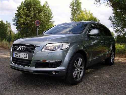 voiture occasion audi q7 de 2005 245 000 km. Black Bedroom Furniture Sets. Home Design Ideas