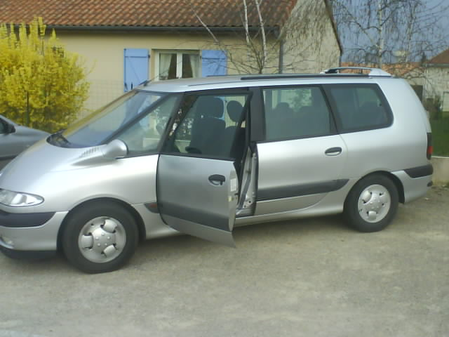 voiture occasion renault grand espace de 1999 180 000 km. Black Bedroom Furniture Sets. Home Design Ideas