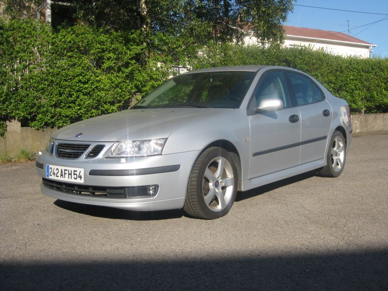 voiture occasion saab 9 3 de 2005 79 000 km. Black Bedroom Furniture Sets. Home Design Ideas