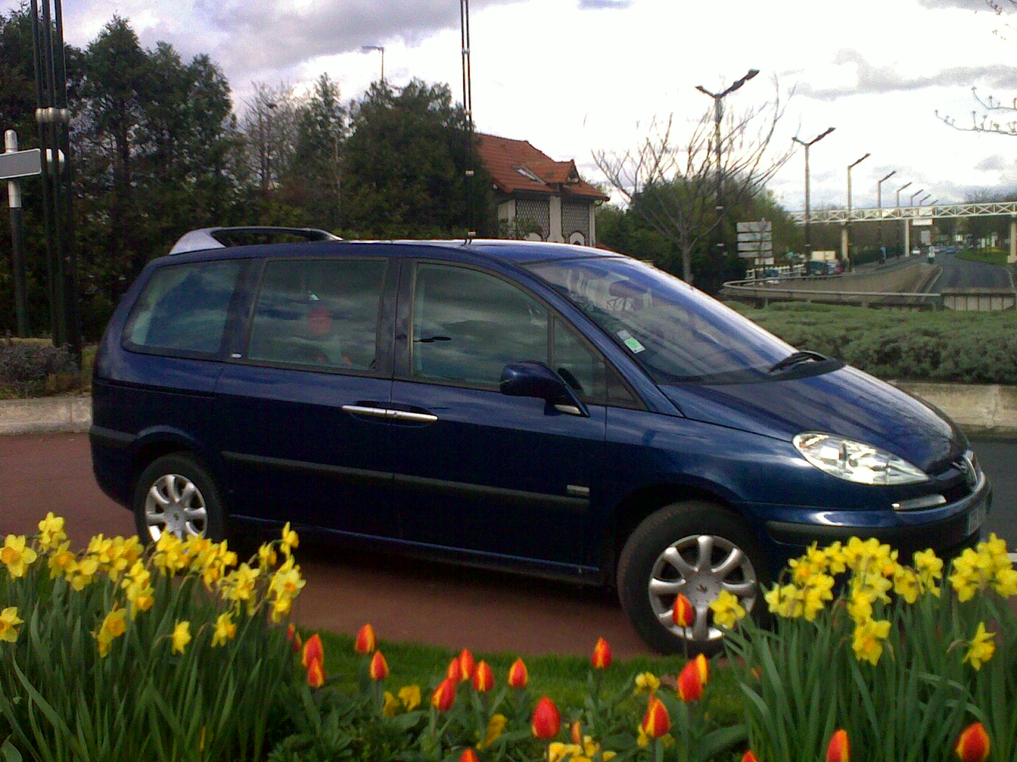 voiture occasion peugeot 807 de 2004 170 000 km. Black Bedroom Furniture Sets. Home Design Ideas