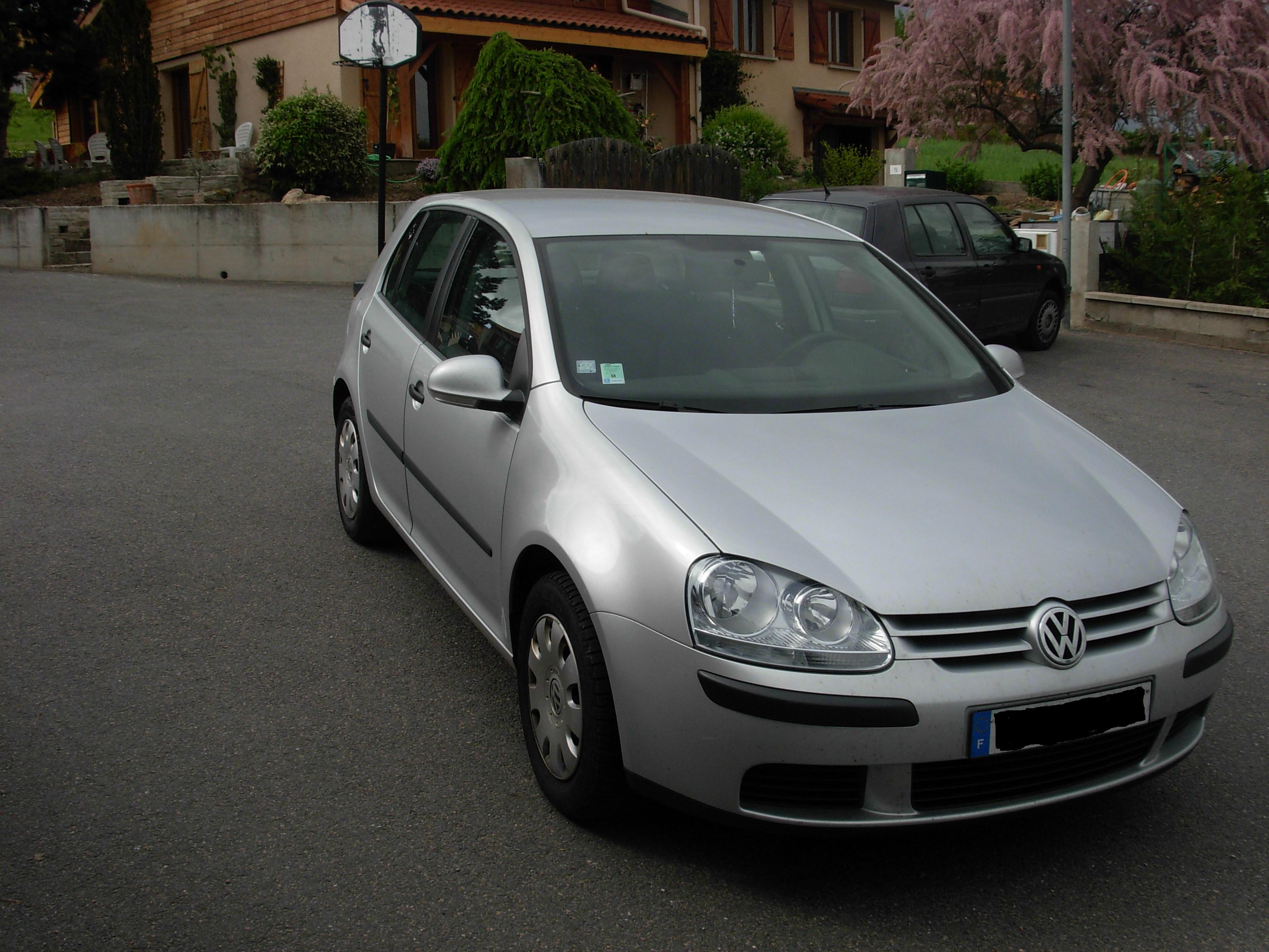 voiture occasion volkswagen golf v de 2006 64 000 km. Black Bedroom Furniture Sets. Home Design Ideas