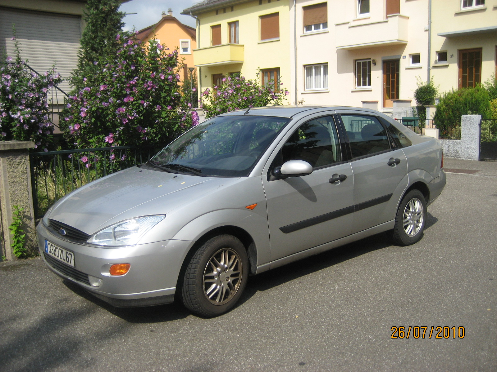 voiture occasion ford focus de 2000 151 000 km. Black Bedroom Furniture Sets. Home Design Ideas