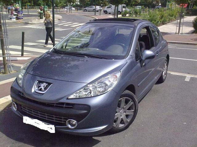 voiture occasion peugeot 207 de 2006 85 086 km. Black Bedroom Furniture Sets. Home Design Ideas