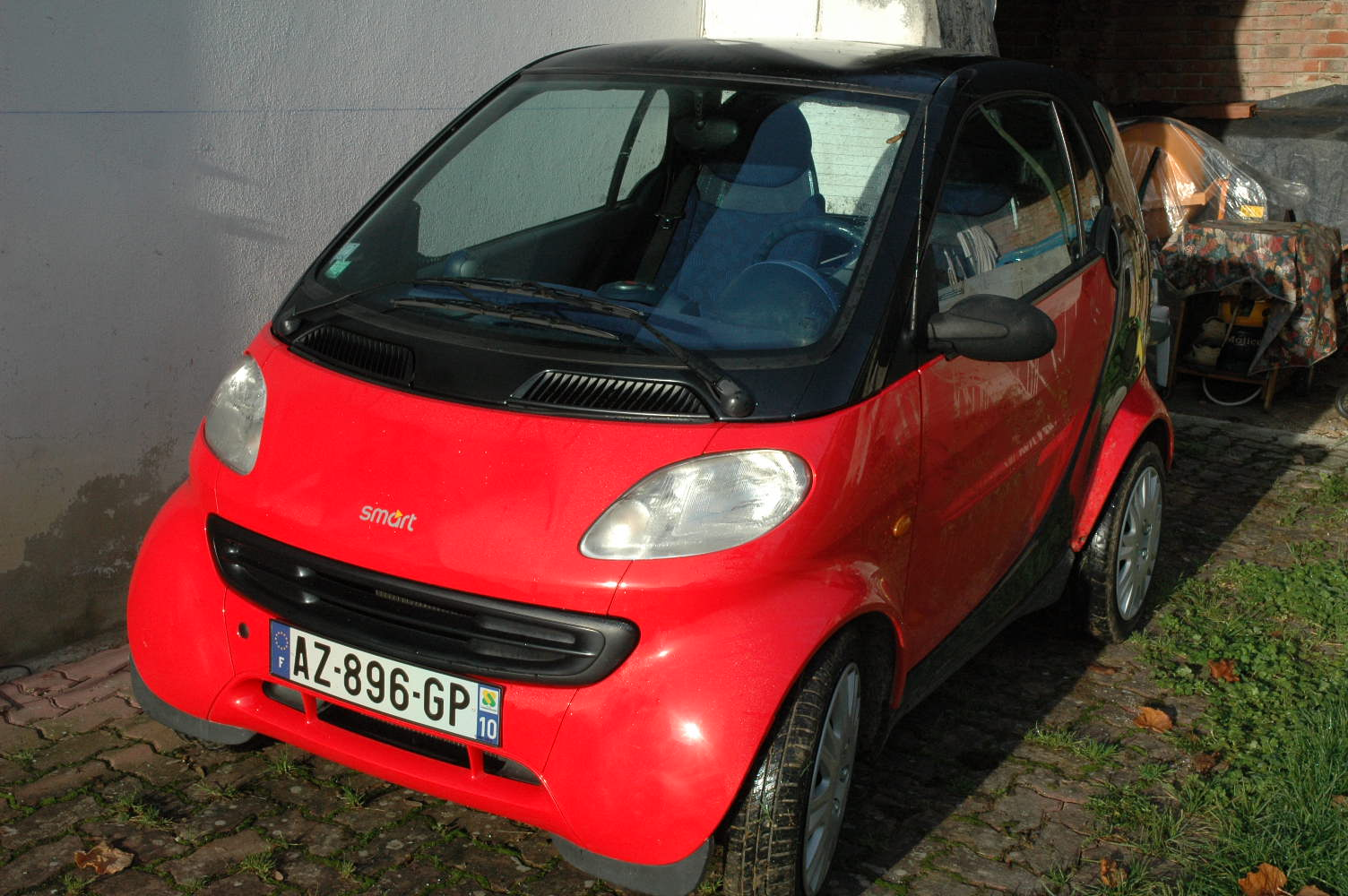 voiture occasion smart fortwo de 2000 80 500 km. Black Bedroom Furniture Sets. Home Design Ideas