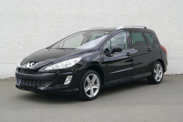 voiture occasion peugeot 308 de 2010 28 000 km. Black Bedroom Furniture Sets. Home Design Ideas