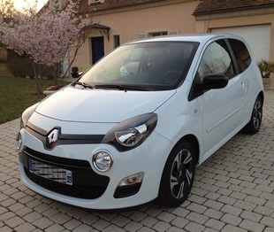 voiture occasion renault twingo iii de 2012 3 500 km. Black Bedroom Furniture Sets. Home Design Ideas