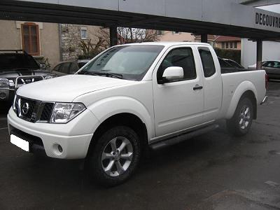 voiture occasion nissan navara de 2009 95 000 km. Black Bedroom Furniture Sets. Home Design Ideas