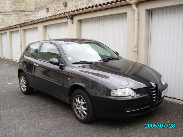 voiture occasion alfa romeo 147 de 2004 59 000 km. Black Bedroom Furniture Sets. Home Design Ideas
