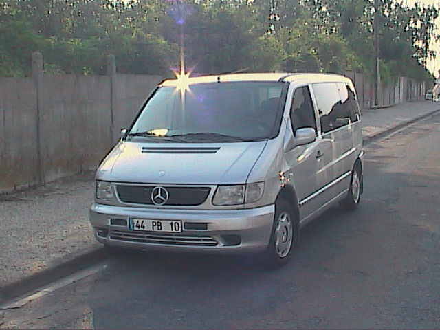 voiture occasion mercedes vito de 1999 80 000 km. Black Bedroom Furniture Sets. Home Design Ideas